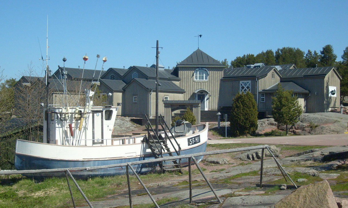 Aland-museum-Boat