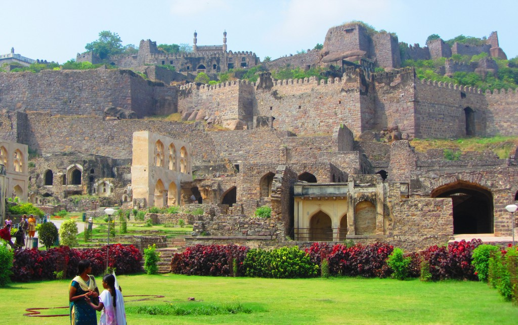 Golconda Fort or Golla konda - The Most Famous And Biggest Fortress In India