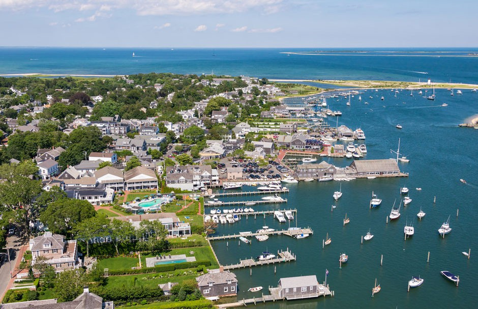 Martha-Vineyard-Boats-Beautifull-View