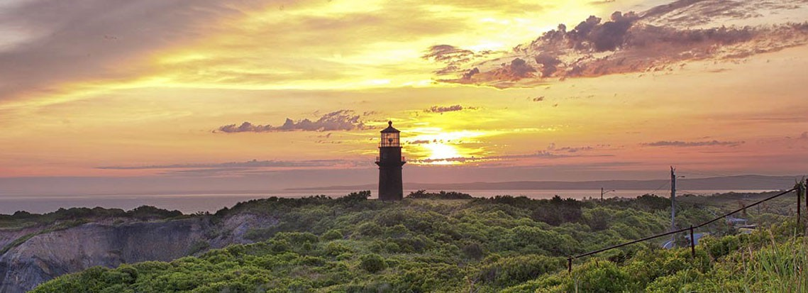 Martha-Vineyard-Light-House