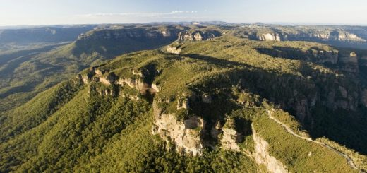 Blue Mountains In Australia - Dramatic Scenery - Beautiful Global