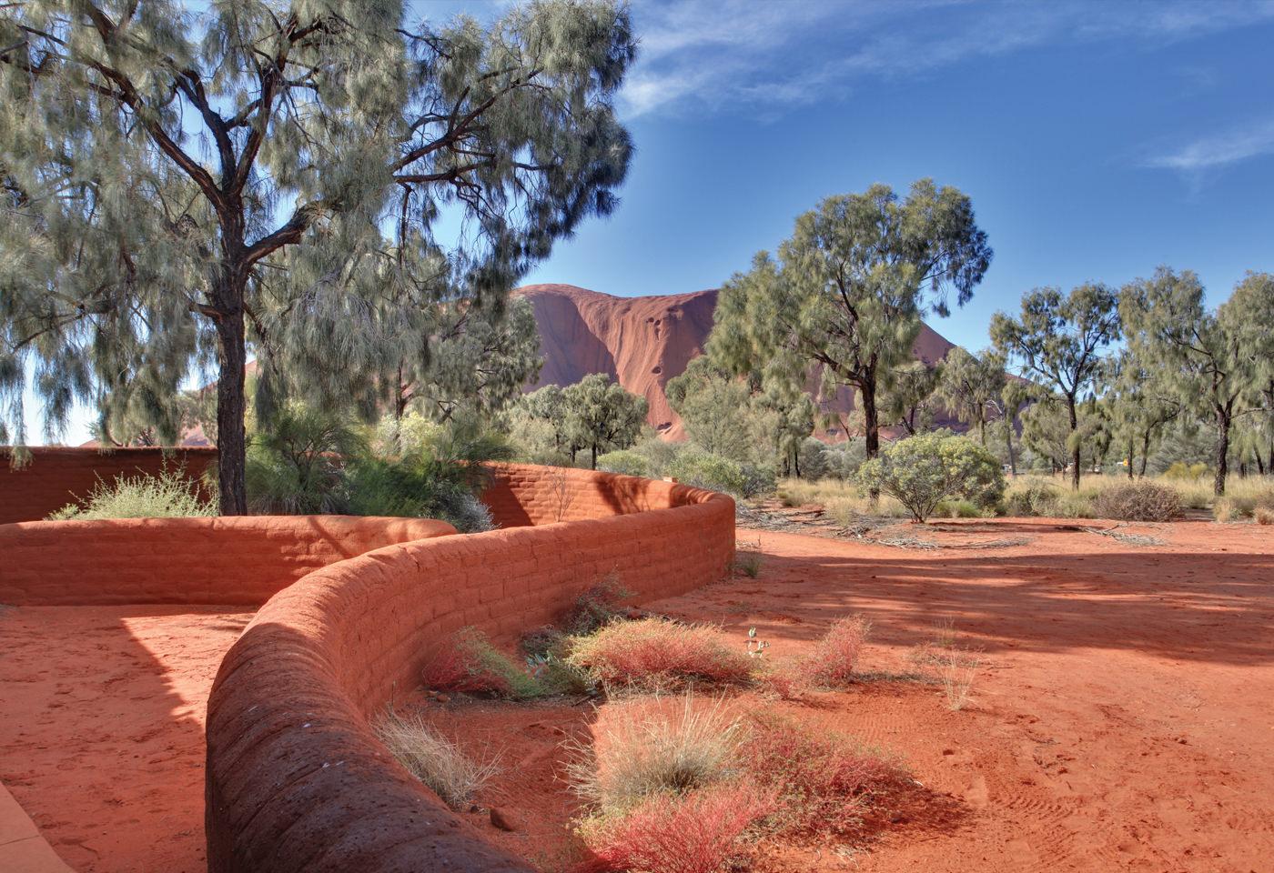 Images Cart : Ayers Rock in Uluru National Park Australia |Uluru Kata Tjuta National Park Australia