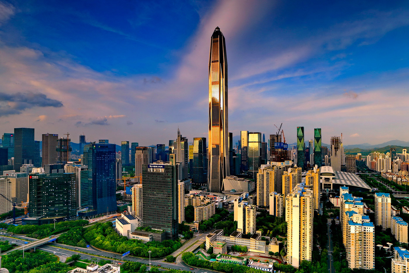 Ping An Finance Center - Tallest Building in the World - Beautiful Global