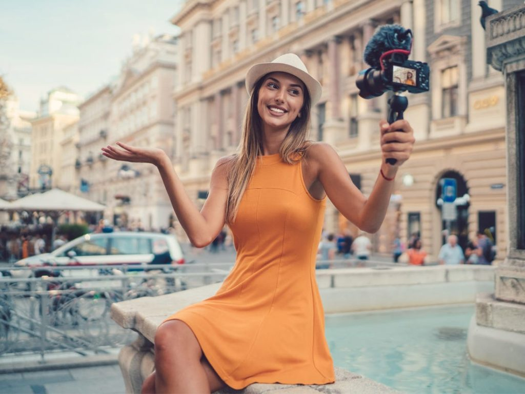 Money-Saving Tips for Solo Traveling Taking an International Trip
